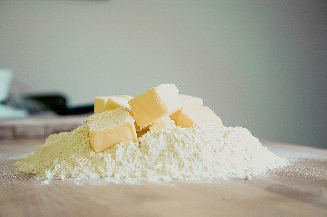 farine et beurre par dessus